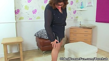 British milf Vintage Fox wears crotchless tights
