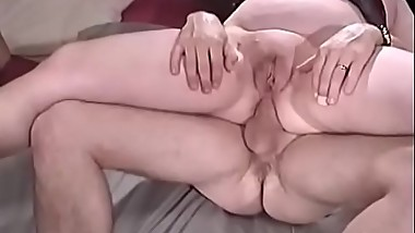 Mature assholes sit on the penis