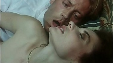 Italian vintage porn with a young and naughty Rocco Siffredi!