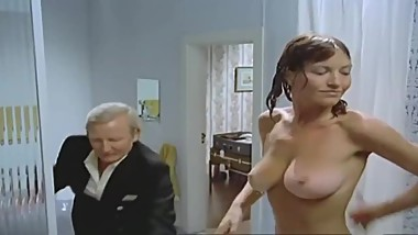 NADIUSKA NUDE (Only Boobs Scene)