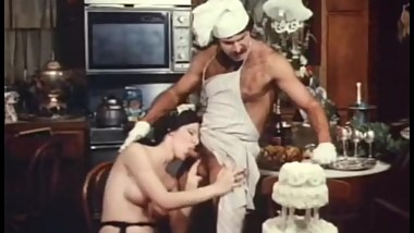 Jeffrey Hurst & Lorraine Alraune hot vintage kitchen sex