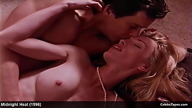 Blonde Celebrity Mimi Craven exposed her body & banging hard