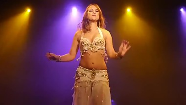 Vintage Style belly Dance-Alia