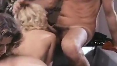 JoAnna Storm, Renee Summers, Eric Edwards in nasty bathtub fuck with 80s porn st