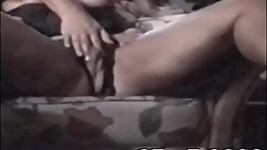 Mommy fucking her spawn-Vintage Family threesome