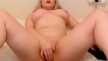 Blonde Babe With Huge Tits - FREE REGISTER www.mybabecam.tk