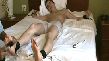 Justin Foot Tickled - Vintage Krave Vids