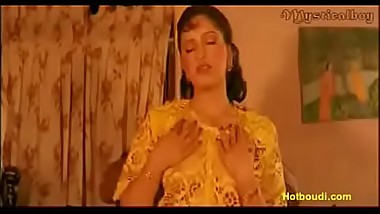 Busty mallu queen Reshma new scene