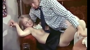 Lucky dude fucked by super-hot blonde maid Anna Magle in vintage porn