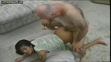 Vietnam Porn - Vietnamese girl interracial sex with old white guy