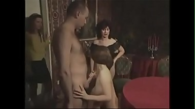 Vintage German family - mom and sisters - more videos on cam-girls.ml