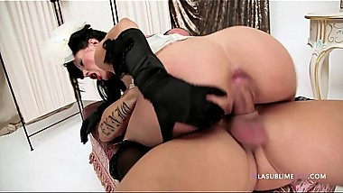 LaSublimeXXX Valentina Canali slutty Italian pinup enjoys threesome